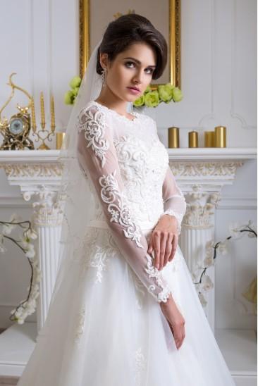 2d6a6c2ac19 Распродажа свадебных платьев в Киеве и Харькове